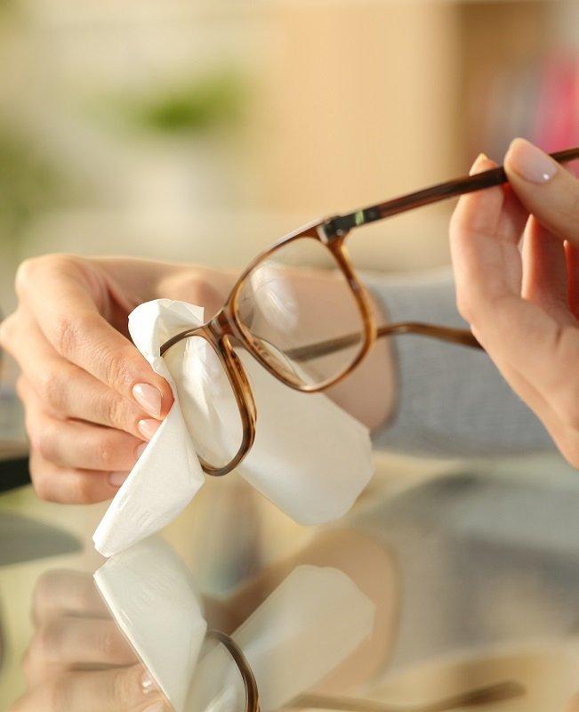 entretenir mes lunettes